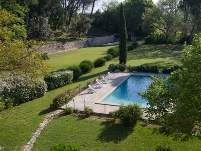 Photo for Amazing Holiday Rental  near the Mont Ventoux with private pool & vast grounds