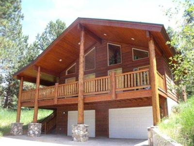 Cascade Multi-Family Cabin: 1 Block to Lake Cascade and Golf Course!