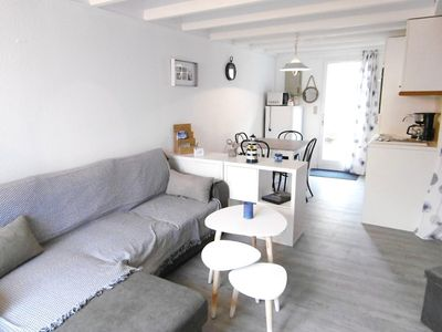 Photo for 3 room maisonette for 4 people, 200 m from the beach.