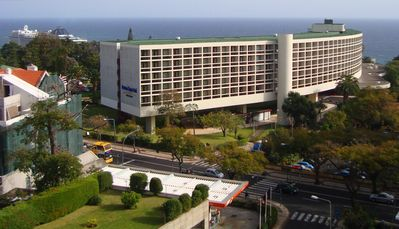 Photo for Apartment in the center. fantastic view of the bay of Funchal and Mountain