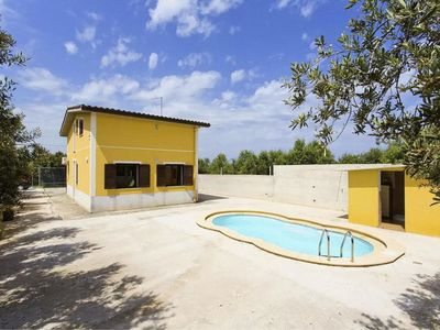 Photo for Villa with private pool between Palermo and Trapani