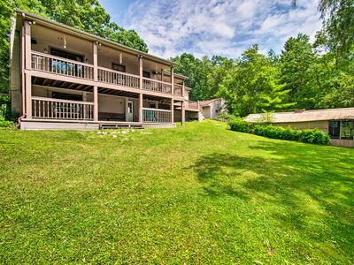 Photo for Cozy Lakefront Lapeer House w/ 2 Paddle Boats!