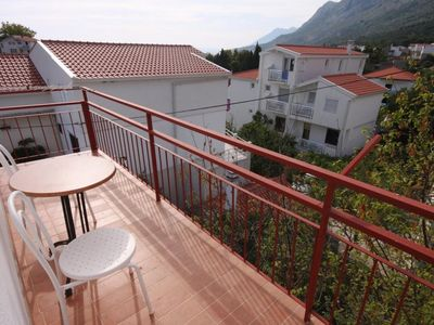 Photo for Two bedroom apartment with balcony and sea view Gradac, Makarska (A-6820-b)