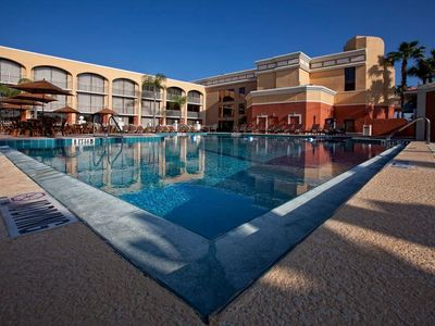 Photo for Resort stay within minutes of Orlando's theme parks and attractions