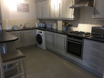 Photo for Modern clean duplex apartment close to city centre and Peak District