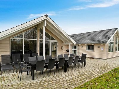 Photo for Vacation home Kappeln in Kappeln - 12 persons, 5 bedrooms