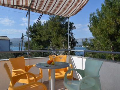 Photo for Two bedroom apartment with terrace and sea view Arbanija (Čiovo)