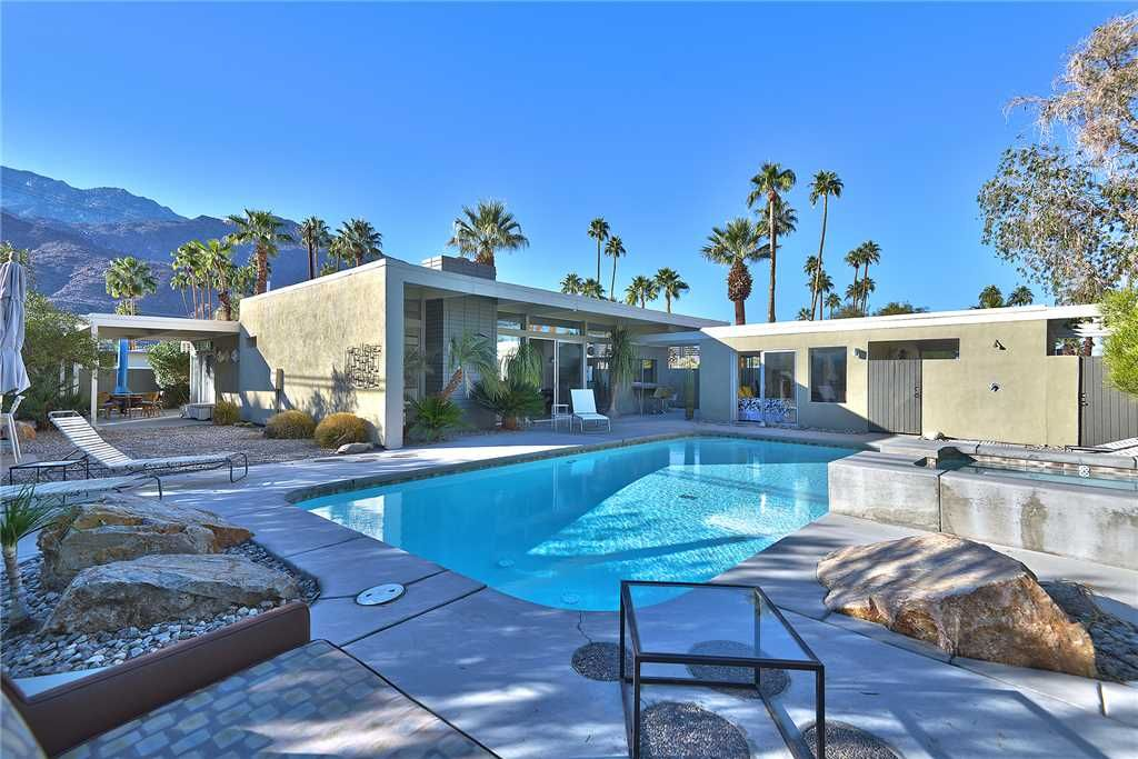 Mid Century Modern Home In Twin Palms Area Vrbo