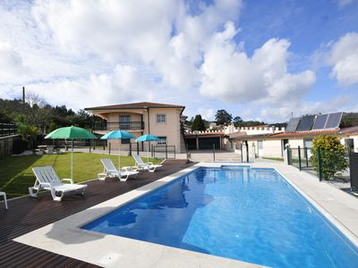 Photo for A spacious and comfortable villa set just outside Esposende costal resort.