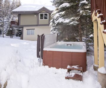 Photo for Luxurious single family home directly on free bus shuttle, private hot tub!!
