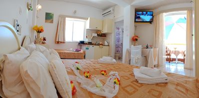 Photo for 1BR Apartment Vacation Rental in Rethymno