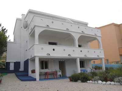Photo for Apartment 784 m from the center of Pag with Parking (461254)