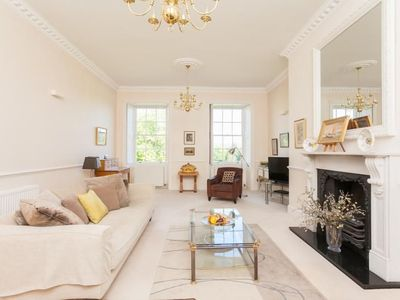 Photo for A spacious apartment for 4 in the centre of Bath
