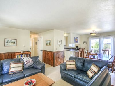 Photo for Newly Remodeled Home with Short Walk to Beach and Bayshore Beach Club!