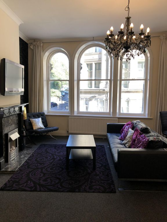 2 Bed Flat In Centre Of Newcastle Quayside
