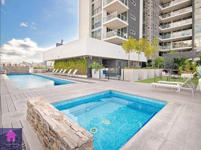 Photo for Location, Location The Trafalgar Residence-Directly across from the Gabba!!