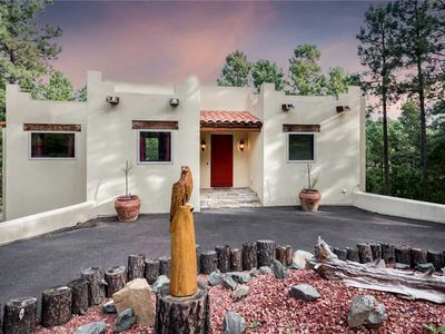 Photo for Eagle's Rest, 4 Bedrooms, Sleeps 8, Pool Table, Fireplace