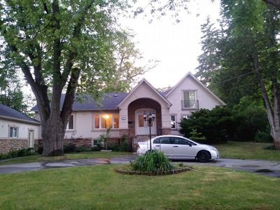Photo for Warm Holiday Home--4 bedrooms, 3 full bathroom, 10 guests, 20 minutes to Toronto Downtown