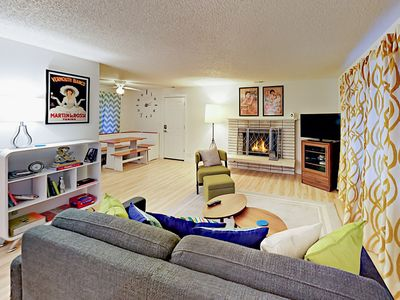 Photo for Contemporary 3BR in South Seattle – Prime Location Close to City & Sound
