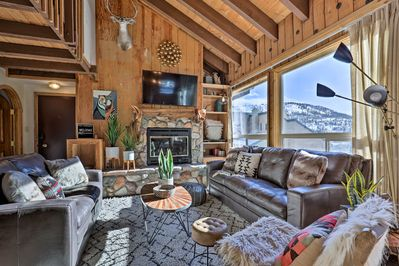 Find your mountain refuge in this Brian Head vacation rental condo!
