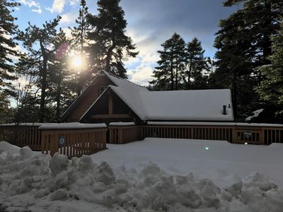 Photo for 3BR Cabin Vacation Rental in Lake Arrowhead, California