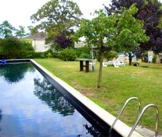 Photo for Charming Cottage in Chinon - pool and air conditioning in heart of Loire Valley