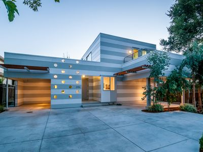 Photo for Stunning Design Palo Alto/ Stanford/ Silicon Valley/ South of San Francisco