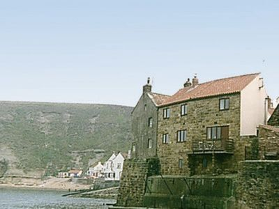 Photo for 3 bedroom property in Staithes. Pet friendly.