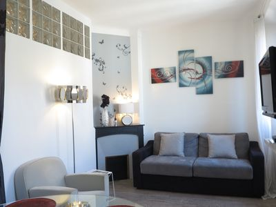 Photo for Stylish and Modern 1 Bedroom Rue Florian