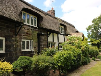 Photo for FABULOUS 4 BEDROOM THATCHED COTTAGE