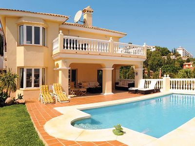 Photo for 3 bedroom Villa, sleeps 6 in Riviera del Sol with Pool, Air Con and WiFi
