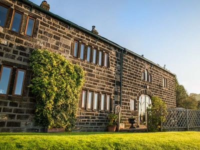 Photo for STEPHENSON HOUSE, family friendly in Hebden Bridge, Ref 904573