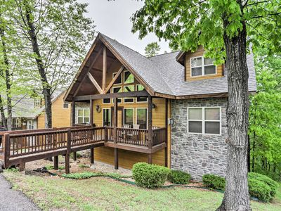 Photo for 6BR Branson Cabin - Near All Attractions!