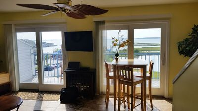 Photo for Spacious, 2 levels & 2 decks, bay front, 3 beds, 3 full baths, 1 block to beach,