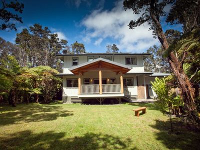 Photo for Lovely home with hot tub near Volcano National Park