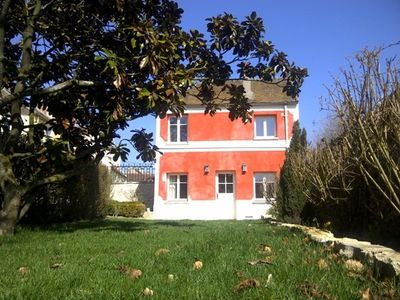 Photo for Little Red House, ideal for couple, private garden, in large secluded grounds