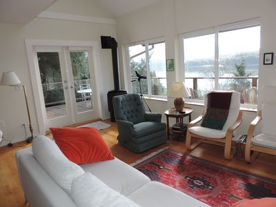 Living room view and access to the deck