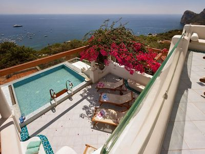 Photo for Villa Ariadne 1 with Dazzling Sea View, Jacuzzi, Pool and Breakfast