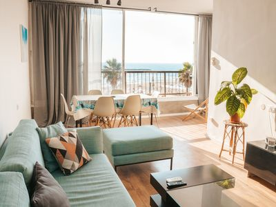 Photo for Lovely and Sunny Seaview Apartment on the Beach