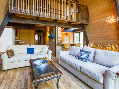 Photo for Chalet Style Home, 4 Bedroom + Loft, Walk to Village, Hot Tub - WOOD01