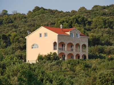 Photo for Holiday apartment Maslinica for 1 - 4 persons - Holiday apartment