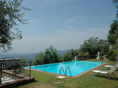 Photo for Villa Dell'Angelo in Lucca 8 + 2 sleeps with views, pool and WiFI