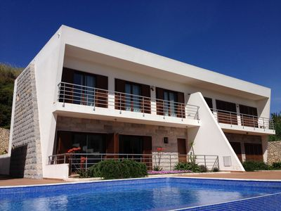 Photo for Stylish 3-bed luxury villa with infinity pool, close to the beach