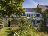 Lovely location with spacious house and very kind hosts