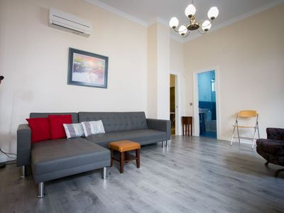 Photo for Victoria apartment in Centro with WiFi & air conditioning.