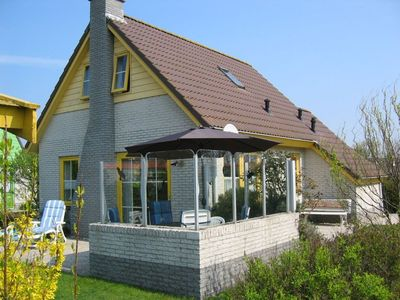 Photo for Holiday home Strandperle Delia 166 near the beach, family friendly, up to 6 perso