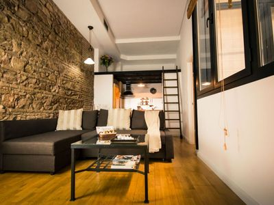 Photo for Sanchez Pastor apartment in Centro with WiFi, air conditioning & lift.