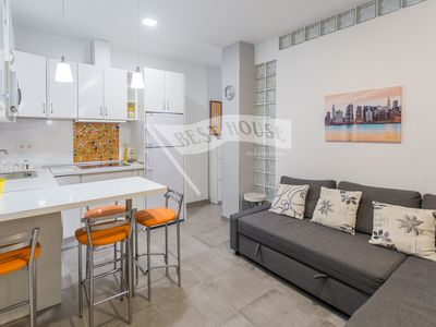 Photo for Central apartment near beach and port
