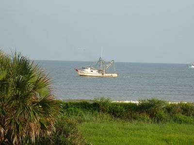 Affordable large west galveston isle luxury vrbo for Galveston fishing charters cheap