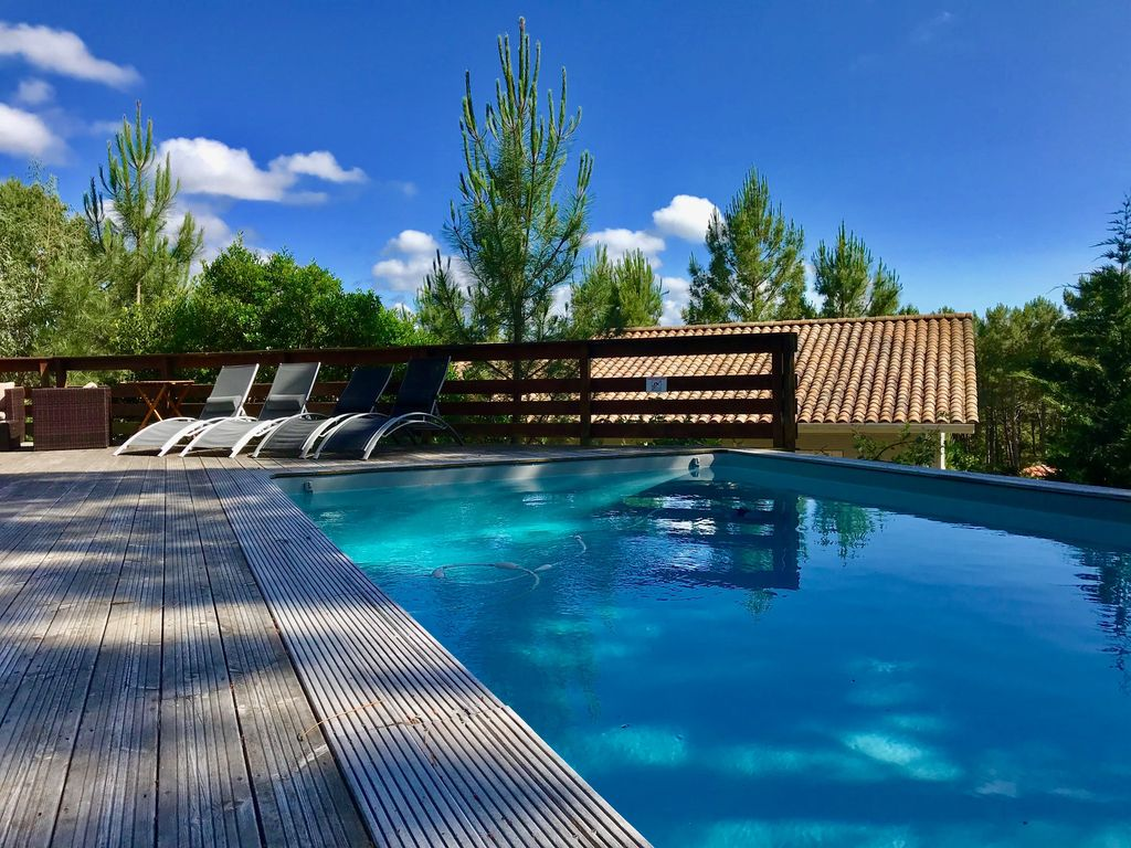Immersion Piscines Et Spas spacious, bright villa, 5 bedrooms, heated pool, terraces and garden -  lacanau océan